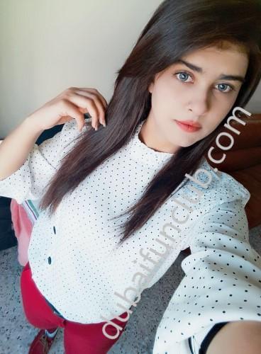 Dubai escort Esha