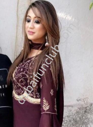 Dubai escort Monisha