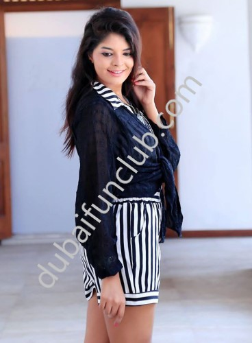 Dubai escort Estela